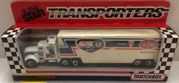 (TAS032058) - Matchbox Nascar SuperStar Transporter sTp Racing - Richard Petty