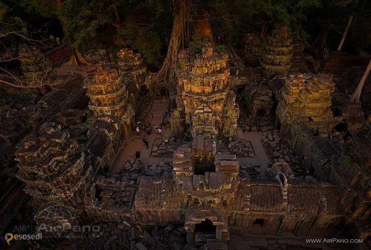 Храм Та Пром – #Камбоджа #Сиемреап (#KH_17) Побывайте на месте съемок фильма «Лара Крофт — расхитительница гробниц» с помощью AirPano.ru http://ru.esosedi.org/KH/17/1000203944/hram_ta_prom/