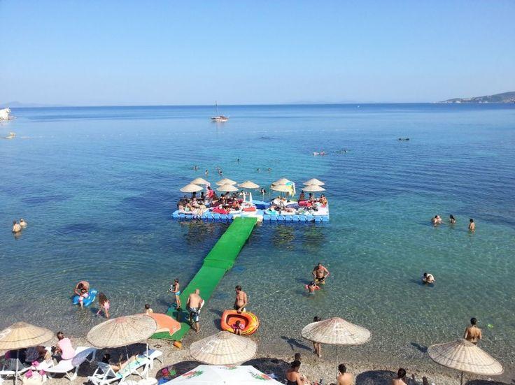 Karaburun, plajı ve göz kamaştıran koyu ile İstanbul'a sadece 50 km uzaklıkta inci güzelliğinde bir adadır.