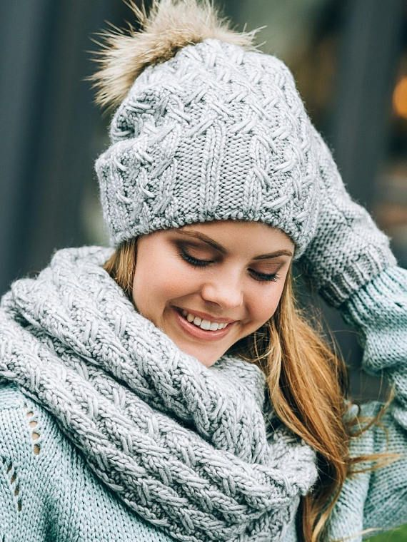 Pom Pom Hat lined with fleece Mittens Infinity scarf set This winter pom pom beanie infinity scarf and mittens set will definitely keep your head warm in the coldest weather, while looking stylish and on trend. One size fits most - it stretchy enough and will comfortably suit for teenage