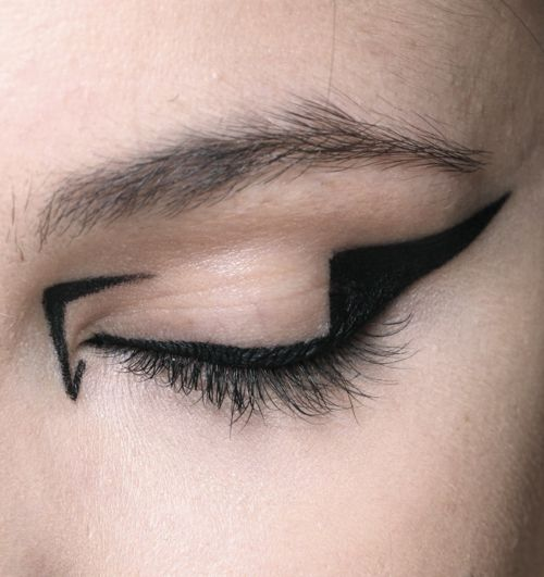 More here....... https://www.youtube.com/watch?v=sGY7jt4FDNE #makeup…