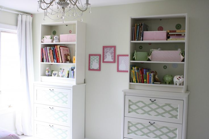 A shared girls room by Designer Trapped in a Lawyer's Body {www.designertrapped.com}