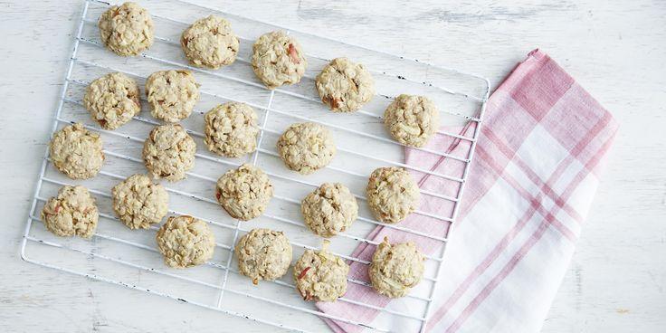 Apple Bircher Breakfast Cookies via @iquitsugar