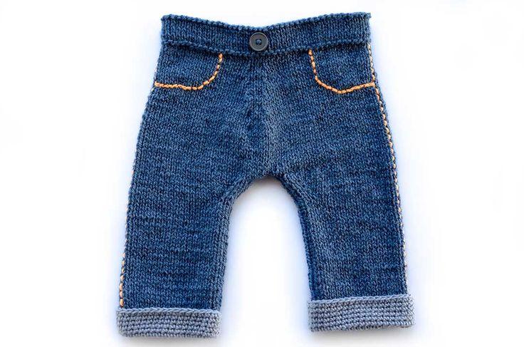 Te traigo este tutorial completísimo de pantalones para bebe a palillos, ideal para quienes son tejedores básicos y ¡quieren aprender más!