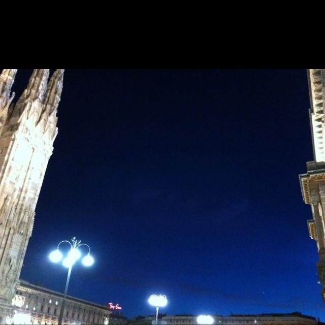 ミラノ 宵の空