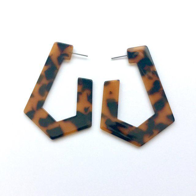 53efd77a5 Tortoiseshell irregular-shaped earrings | jewelery | Earrings ...