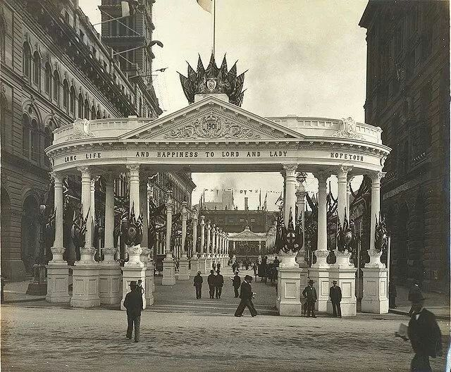 Martin Place,Sydney in 1901 during the Federation Celebrations.Photo by Getty Commons Collection.A♥W