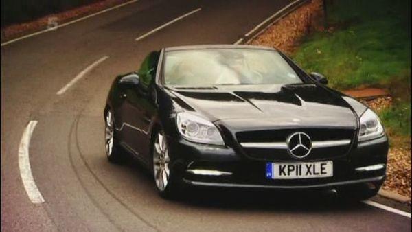 #cars #coches #carros  2011 Mercedes-Benz SLK 200 BlueEfficiency [R172] #windscreen http://www.backblade.net/