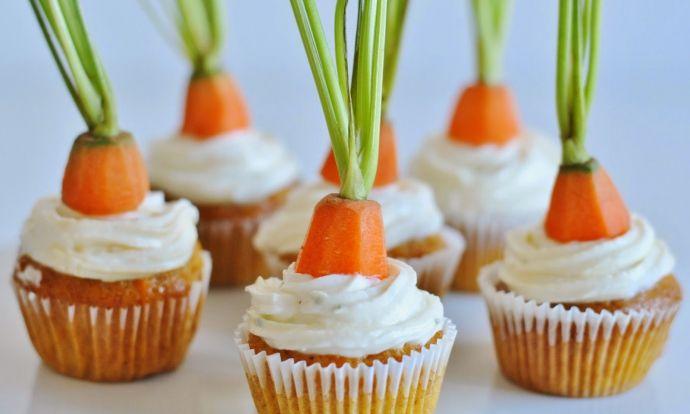 Mrkvové cupcakes s pomarančovým cream cheese krémom