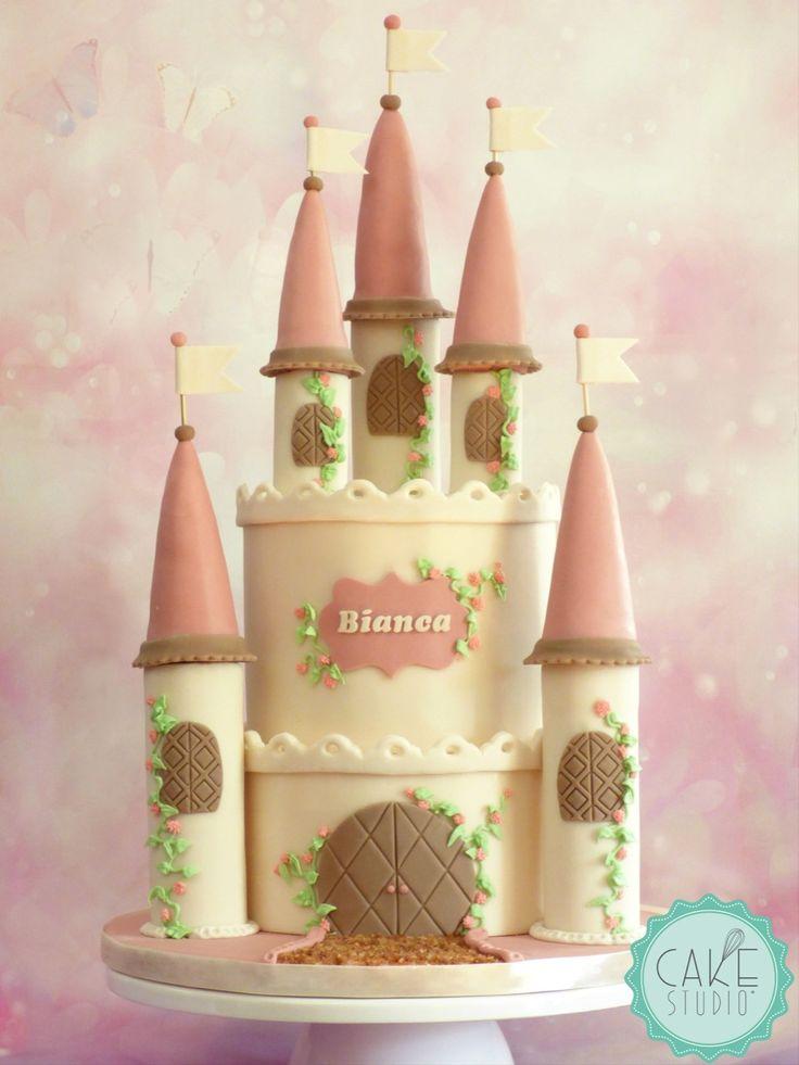 torta a forma di castello