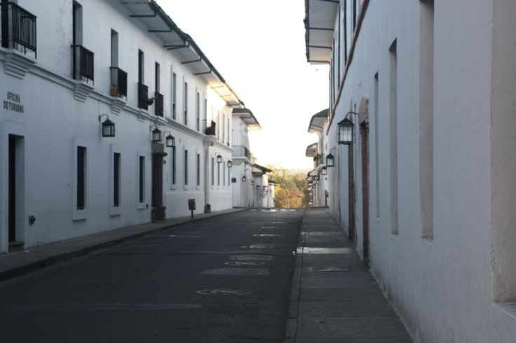 I wonder why Popayan is called the White City?