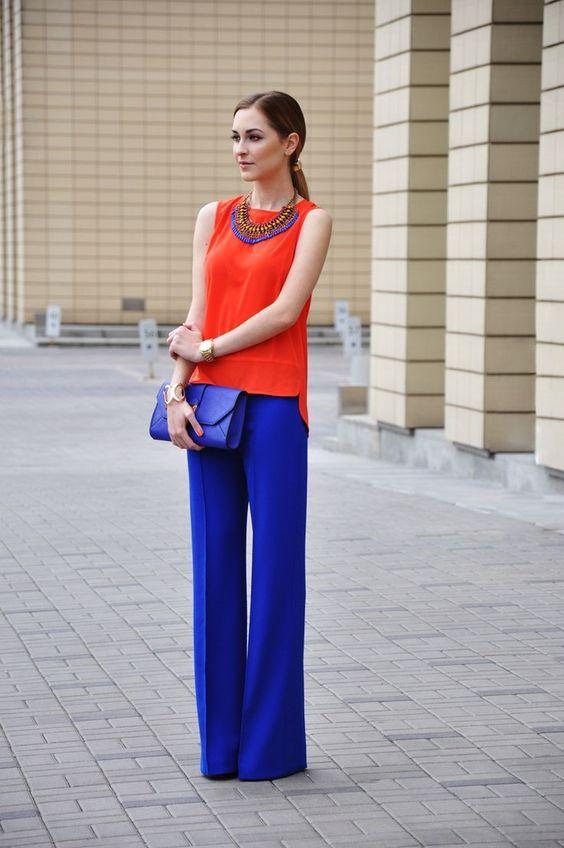 Cu ce se combină pantalonii colorați: 15 ținute elegante pentru inspirație - Fasingur
