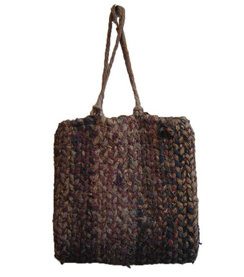 scourtneybarnes:    From Sri, a rustic 1930s straw and twined cotton bag