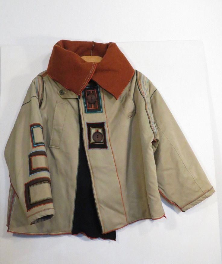 giaccone donna,giacca cachi,giacca imbottita,upcycled trench,giacca collo alto,lana arancione,giacca decorata,manica a kimono,giaccone beige di decorandom su Etsy