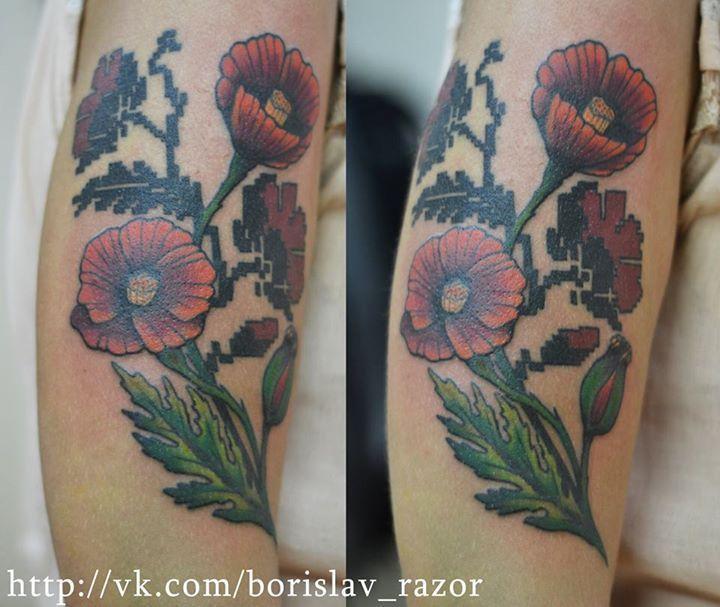 Redberry Tattoo Studio Wrocław #borislav_razor #oldicontattoo #traditionaltattoo #kharkov #neotradtattoo #ukraine #damngoodtattoo #tattoo #inked #ink #studio #wroclaw #warszawa #tatuaz #gdansk #redberry #katowice #berlin #poland #krakow #kraków #sosnowiec #design #boryslav #dementiev #razor #flowers #kwiaty #maki #poppy