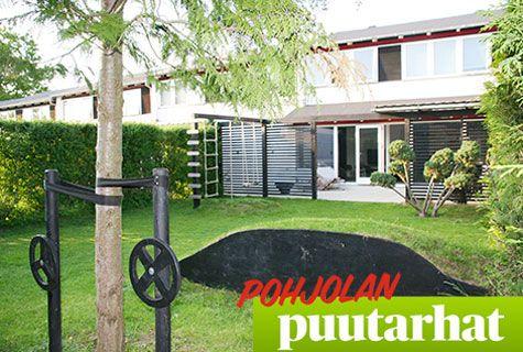 Perheen tyylikäs 126 m² piha on suunniteltu sekä lapsien että aikuisten viihtyvyyttä ajatellen.