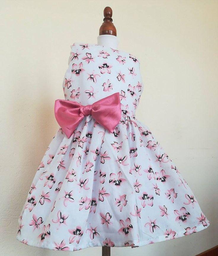 Vestidos para niña Tallas: 2,4,6,8 Precio: $35.000 WhatsApp 3128417582  Envío gratis a toda Colombia