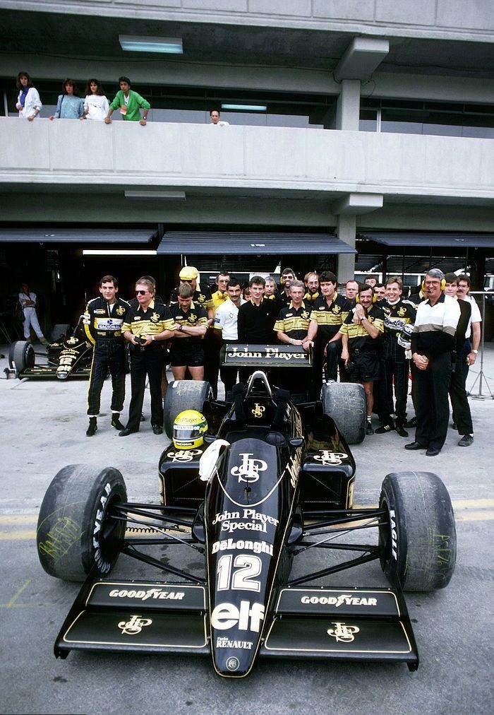 Ayrton Senna & Johnny Dumfries, JPS Lotus-Renault 98T, 1986 Mexican Grand Prix, Mexico City
