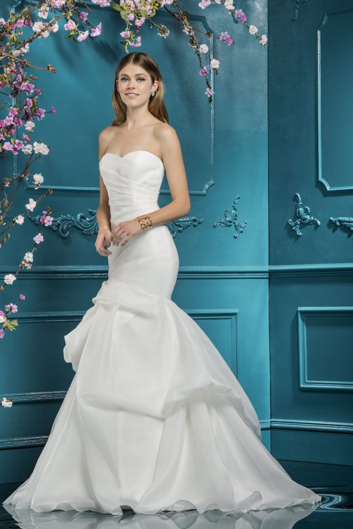 The 40 best Ellis Bridals images on Pinterest | Wedding frocks ...