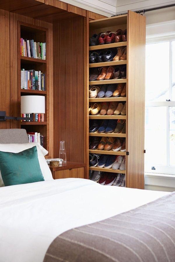 Soluções em marcenaria para espaços pequenos: sapateira acoplada na cabeceira da cama
