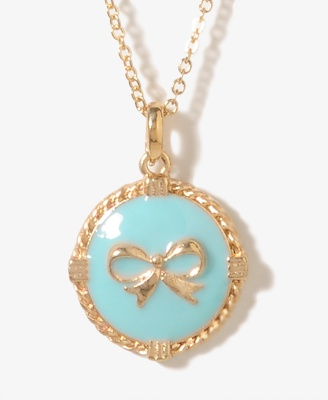 Lacquered Bow Necklace