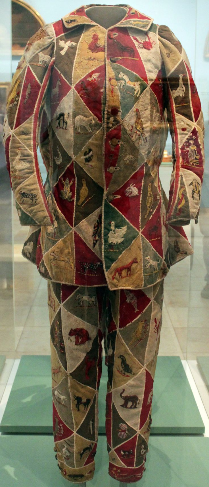 Costume of a Harlequin, 18th Century; Germanic National Museum in Nuremberg