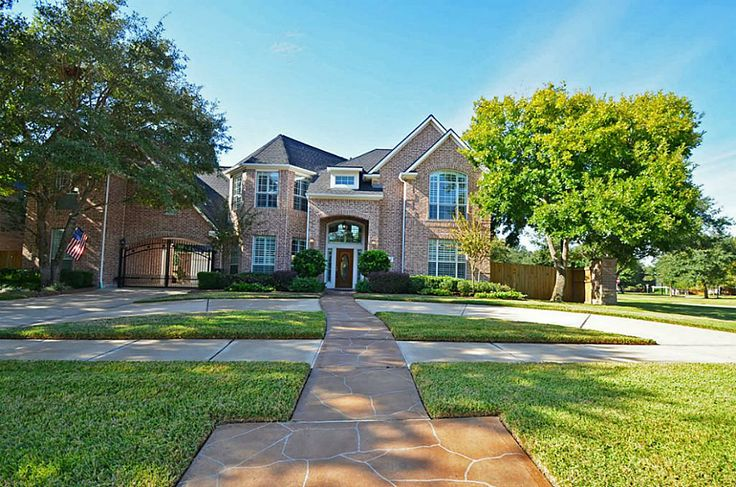 Gorgeous Executive Home in Master Planned Community of Grand Lakes.