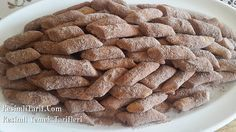 Bu kadar az malzemeyle böyle bir kurabiye yoktur. Kesinlikle denemelisiniz. Kıyır kıyır nefis oluyor. Afiyet olsun.