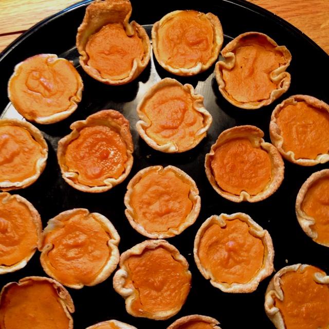 Mini pumpkin pies! | recipes | Pinterest