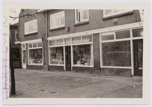 1968 Woonhuizen-winkel aan de Soesterweg 222, 224 en 226