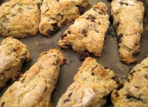 Chocolate chip scones - Chocolate chip scones photo by flickr user gourmetro