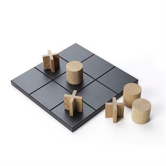 Play is a classic tic tac toe game in a large version that comes with a clear and graphic black board in an interesting contrast to the pieces in white oiled oak. Play is a nice decoration on the table as well as a fun and easy game to play with family and friends!