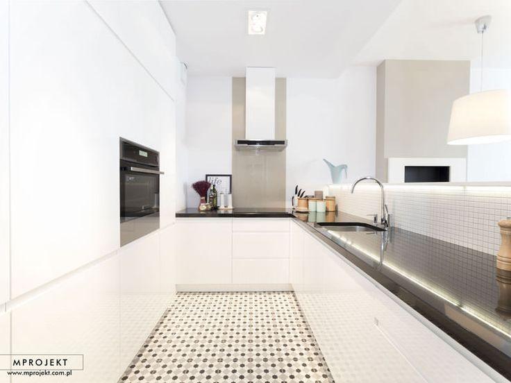 Inspirational Zementfliesen als Highlight in einer klar strukturierten und minimalistischen Kueche