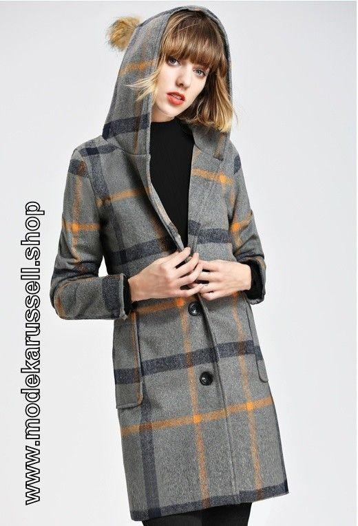 Damen Kurz Mantel aus Wolle mit Silber/Gelb Applikationen