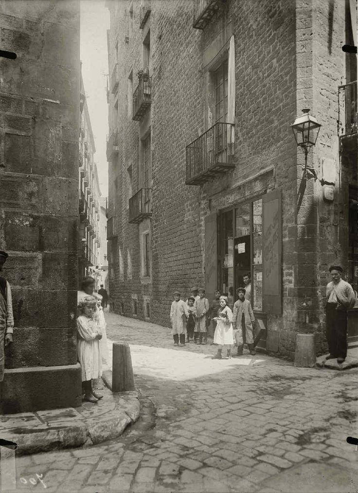 Barcelona 1909 calle de la avellana foto josep brangul - Calle montserrat barcelona ...