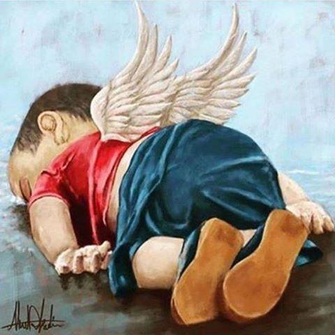 que dolor ver estas escenas ,,se aprieta el corazon y el alma gime y llora..no es posible esta sinrazon...que corazon tan negro y cerrado de los que hacen la guerra sin importarles los daños que hacen,,si las lagrimas de los inocentes y de las madres ausentes se unieran se formaria un nuevo mar pidiendo ,rogandole al creador que esto termine ....................que esto no se repita se los pido con lagrimas en los ojos,,sean humanos ,sean concientes ,,,,, y si acaso sus ojos y sentimientos…