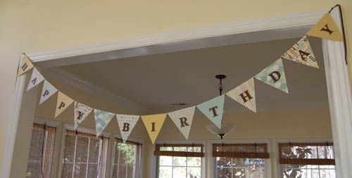 How to Make a Paper BuntingBirthday Buntings, Happy Birthday, Diy Paper Banners, Birthday Banners, Birthday Parties, Banners Bridalshowerideas, Paper Buntings, Scrapbook Paper, Buntings Banners