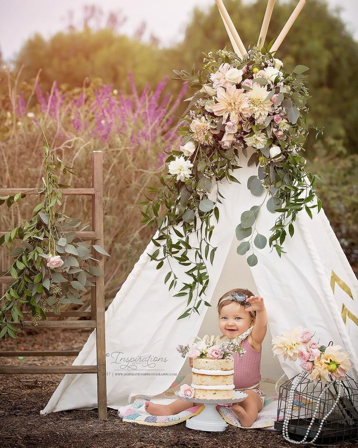 """First birthday, cake smash, teepee - Inland Empire, CA Newborn  (@inspirationsbykristy) on Instagram: """"Tonight's gorgeous one year session! Mila you are beautiful and this year went by so fast! Happy…"""""""