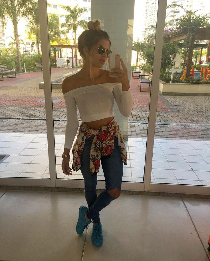 "Brenda Monique no Instagram: ""Morning. Tênis @floreoficial"""