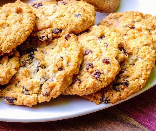 Egy finom Mazsolás-zabpelyhes keksz (súlykontroll) ebédre vagy vacsorára? Mazsolás-zabpelyhes keksz (súlykontroll) Receptek a Mindmegette.hu Recept gyűjteményében!