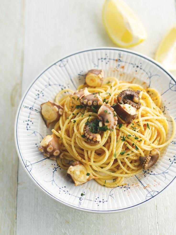 Spaghetti met inktvis http://www.njam.tv/recepten/spaghetti-met-inktvis