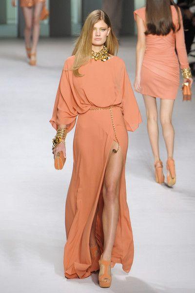 Elie Saab at Paris Fashion Week Spring 2011 - Runway Photos