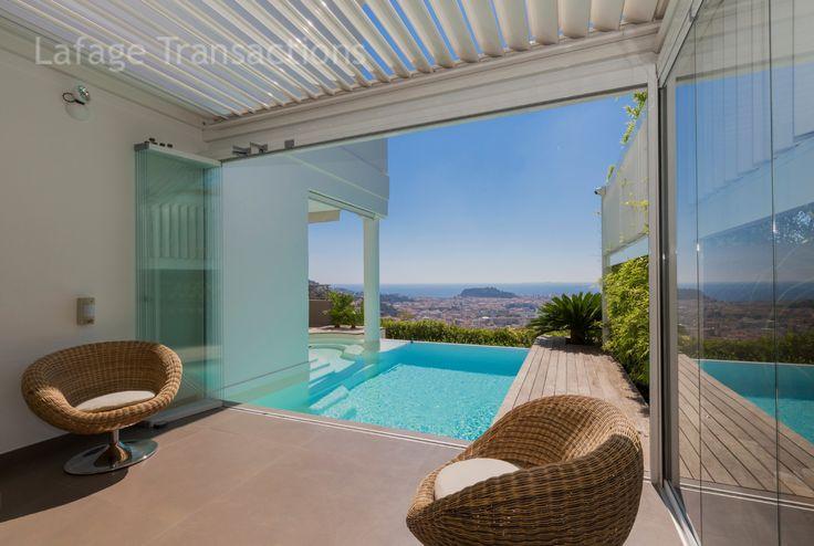 #Vente #villa contemporaine 190m2 à #nice06 #FrenchRiviera #Vue #piscine #Calme #Exception A voir! http://www.french-riviera-property.com/fr/detail-villas-a-vendre/3815-nice-grande-corniche-villa-a-vendre-de-190-m2-ascenseur-piscine-double-garage.cfm
