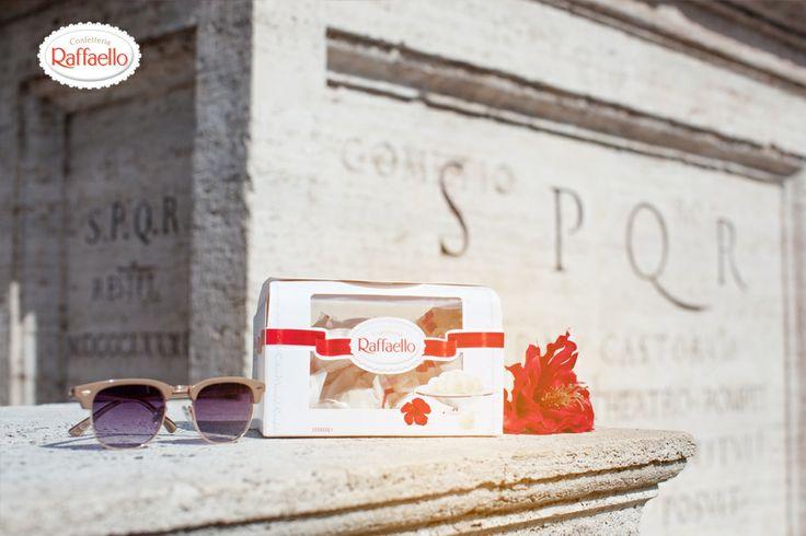 Raffaello to doskonały towarzysz podróży, który uświetnia każdy moment zwiedzania. Kokosowy smak przywoła najmilsze wspomnienia - wystarczy, że po powrocie sięgniesz po pralinkę ;-) Ale to jeszcze nie teraz. Na trasie wycieczki jeszcze kilka miejsc!