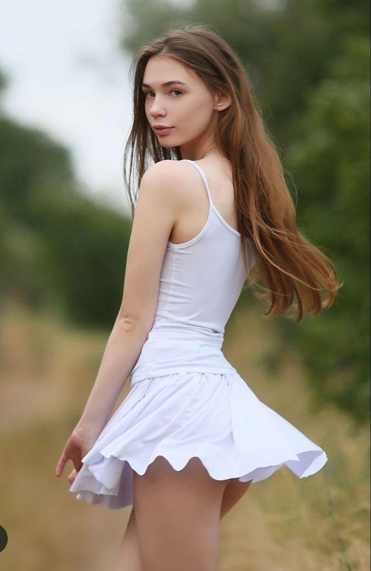 Pin em Teen Models