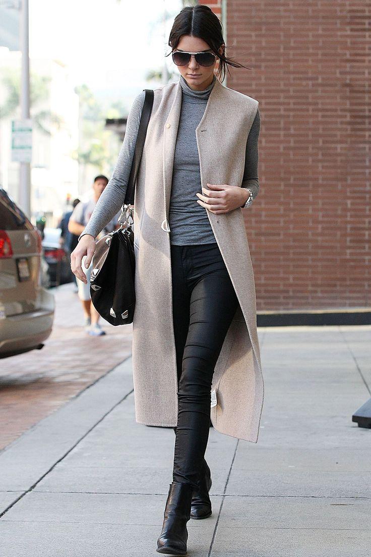 Best Dressed Of The Week - Scarlett Johansson, Felicity Jones (Vogue.co.uk)