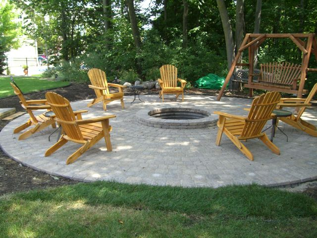 263 best fire pits and fireplaces images on pinterest for Backyard fire pit design