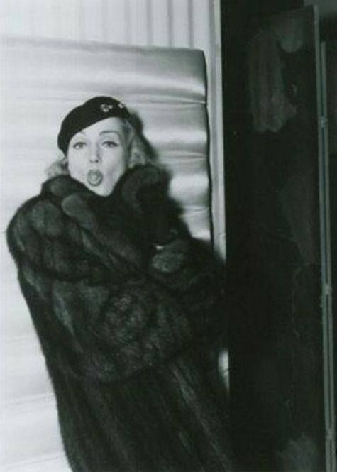Carole Lombard being sassy.