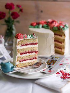 Миндальный торт с клубникой » Рецепты » Кулинарный журнал Насти Понедельник