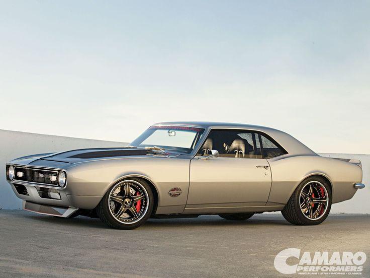 "Larry Callahan's twin-turbo 406ci ""MotiV8r"" '68 Camaro"